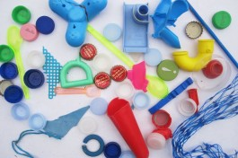 Italian beach plastic